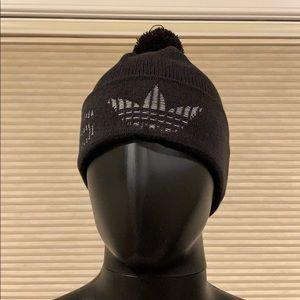 Adidas Jacquard cuff beanie NWT